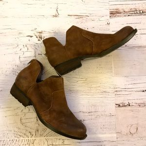 Born brown suede ankle boot 8 1/2